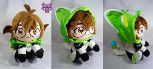 Pidge with green lion kigurumi by TrashKitten-Plushies