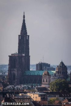 Strasbourg's Cathedral by Picrik