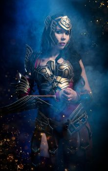 Wonder Woman - Into the battle by KamuiCosplay