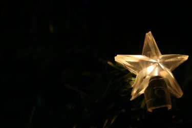 Christmas Star by totallehmaddeh