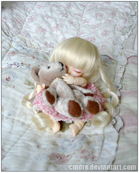 BJD:Eve: Hug by cindre