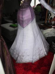 life size zelda assembly closeup:back of the skirt by minidelirium