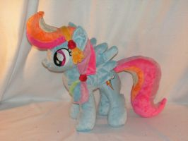 Crystal Rainbow Dash Plush by KarasuNezumi