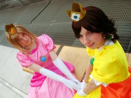 Peach and Daisy Cosplay 01 by Rayi-kun