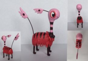 Brimbee sculpture by Lunawolf44
