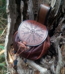 Handmade Leather Sporran with Helm of Awe by TheAnti-Lily