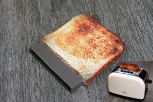 Dust cover to Nintoaster game port by Jaki33