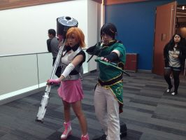 Nora Valkyrie and Lie Ren Cosplay by Hikari-no-Kurai