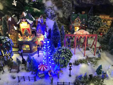 The Christmas village by ZeFrenchM