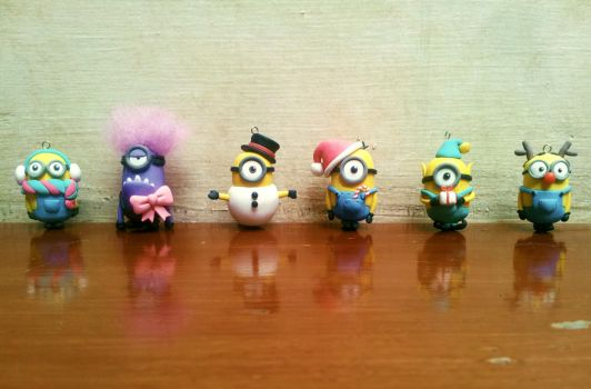 Christmas minions by lyrese