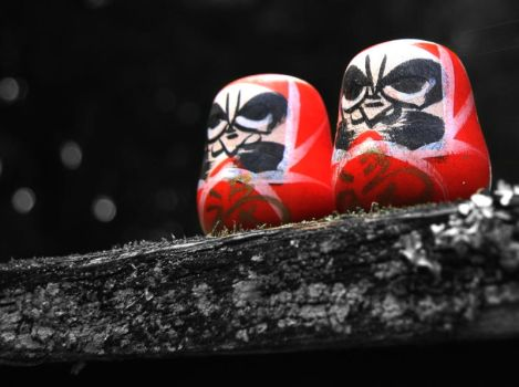 Daruma-tachi: Japanese Dolls by aileen
