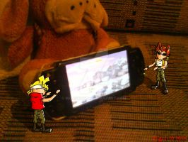 Marco and Tarma playing PSP by Wojskowa