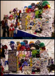 Nekocon Artist Alley table by invader-gir