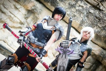 Hawke and Fenris - Dragon Age 2 by nekomatalee
