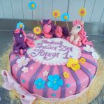 Little pony Cake by 6eki
