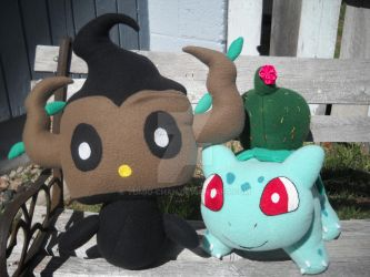 Phantump and Bulbasaur by Yumio-chan