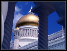 Mosque in Brunei by PeaCeFOol