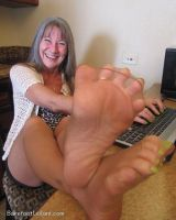 Unreal mature feet by footmatic