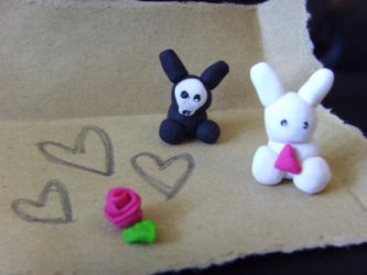 Bunnies plus Rose. by xplaygirlx