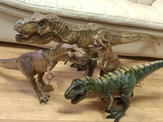 Mattel Colossal T-rex Repaint by Inaros131