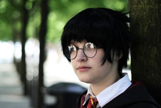 Harry Potter by Emopikachus
