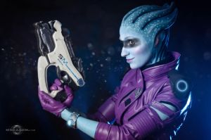 Peebee cosplay 2 by Nebulaluben