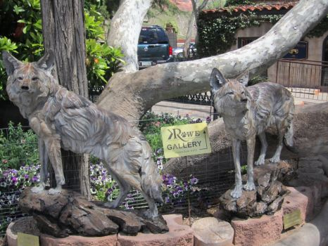 Coyote Scupltures by artisticdreamer15