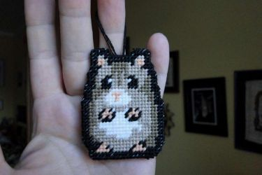 hamster charm by Thriin