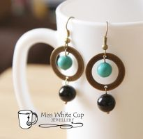 Black onyx, magnesite and brass earrings by Margotka