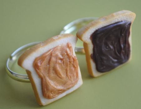 PB and Chocolate Toast Rings by ClayRunway