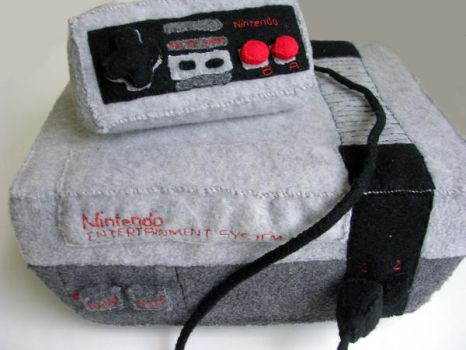 Nintendo NES plushie by restlesswillow