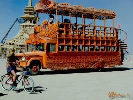 Burning Man Art Bus I by katu01