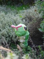 Caterpie papercraft