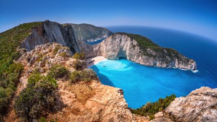 Shipwreck Bay - Navagio, Zakynthos by fly10