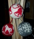 Christmas baubles by KnitLizzy