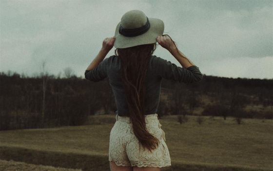 cold hill. by laura-makabresku