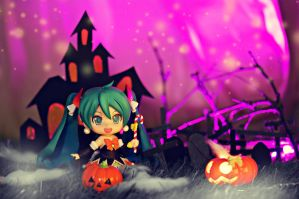 ~~ Happy Halloween ~~  ....miku is out for some tr by vince454