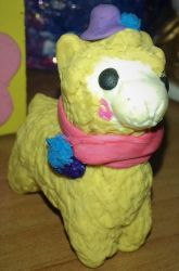 An Alpaca made in plasticine by AraxyLennon-iplier