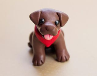 Brownie lab dog sculpture by SculptedPups