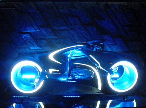 Tron Legacy Light Cycle by R-Legend