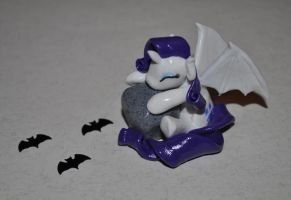 Vampity sculpture by Blindfaith-boo