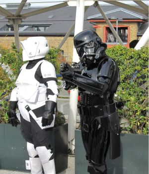 Stormtroopers 2 by Dead-Space