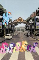 My Little Pony #9 SDCC Exclusive Cover by TonyFleecs