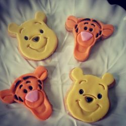 Winnie the Pooh and Tigger too Cookies by Street-Corner-Dough