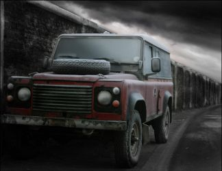 Land rover Defender by Propaganda-Panda