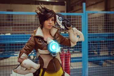 Tracer - Overwatch v.2 by Hoteshi