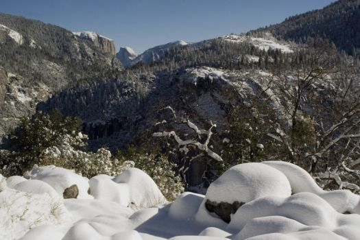 Yosemite Winter 2009 12 by ECaputo