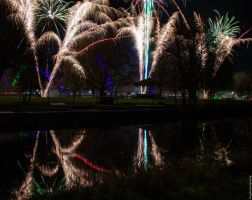 Bedford Fireworks (1) by Mincingyoda