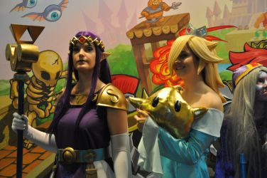 Princess Hilda and Rosalina at FACTS 2015 by KillingRaptor
