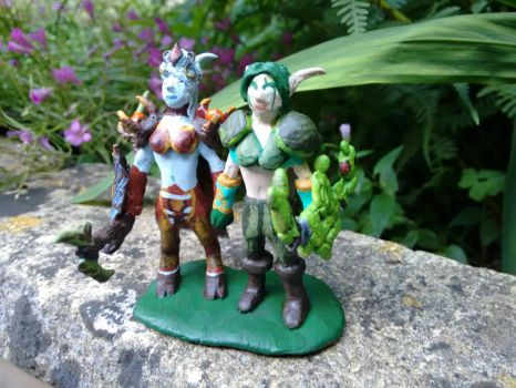 WoW wedding cake toppers by geekySquirrel